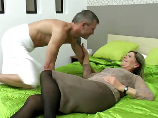 Sexy grandma suck and fuck lucky boy