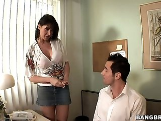Dark-haired office cockslut Eva Karera wanks at will not hear of work place