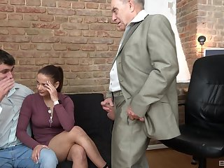 After a blowjob piping hot milf got their way tight pussy fucked by their way old friend