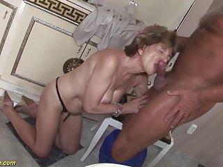Hairy 70 time eon aged mom anal sex in the air a boyfriend
