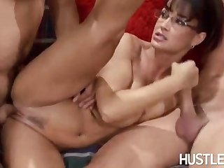 Hot Cougar Lisa Ann Screwed By Two Soviet Guys